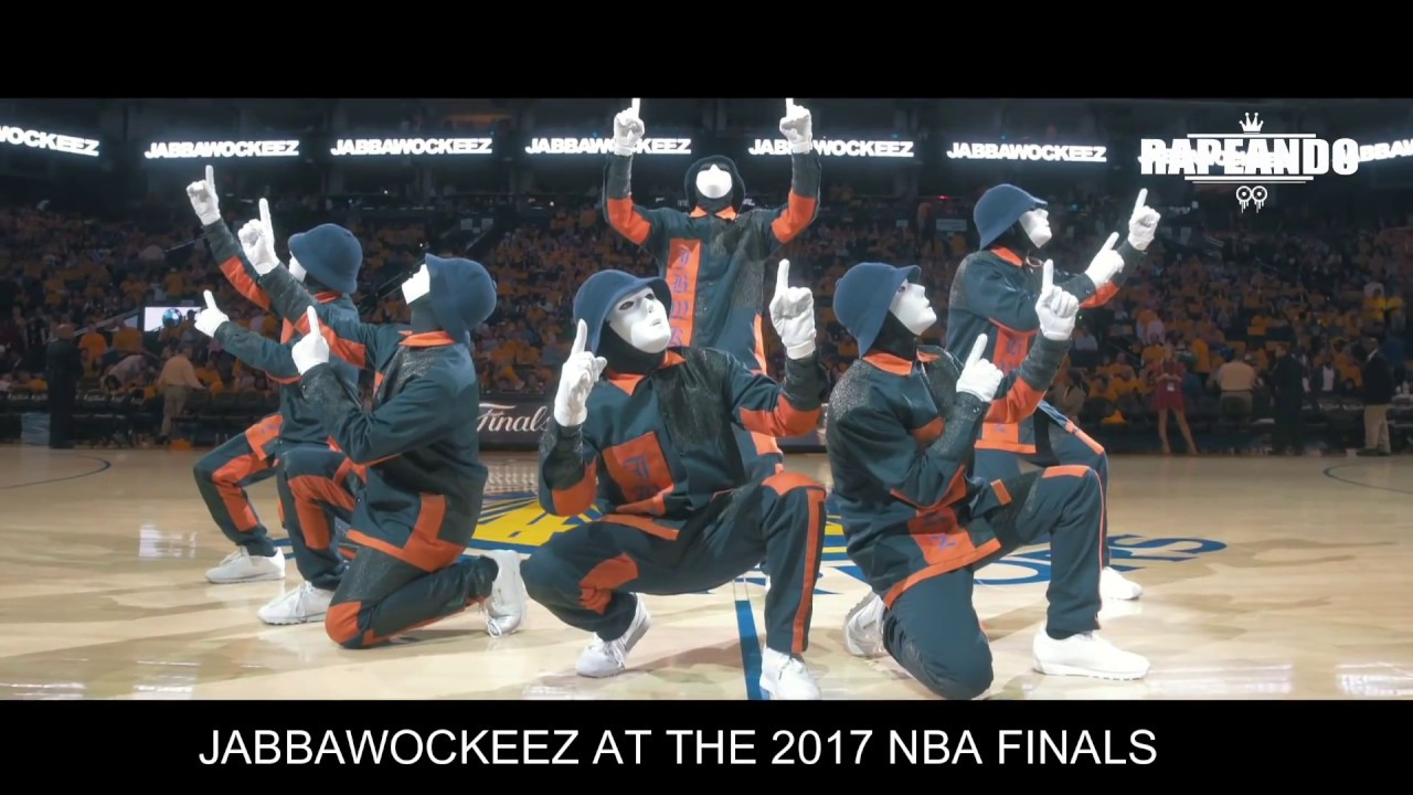 JABBAWOCKEEZ EN LA FINAL DE LA NBA 2017 - JABBAWOCKEEZ AT ...