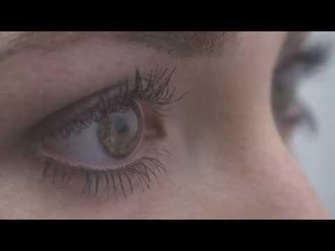 69ed5ce9d1447 Cómo quitarse las lentillas - YouTube