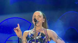 Baixar Melanie C feat. Sink The Pink - Think About It [Live in London]