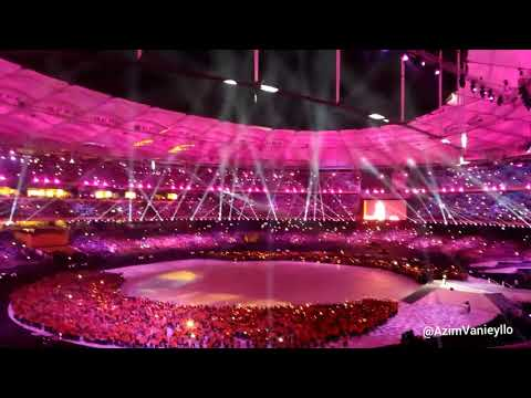 AUDIENCE VIEW Standing In The Eyes of The World - Ella LIVE Closing SEA Games Kuala Lumpur 2017