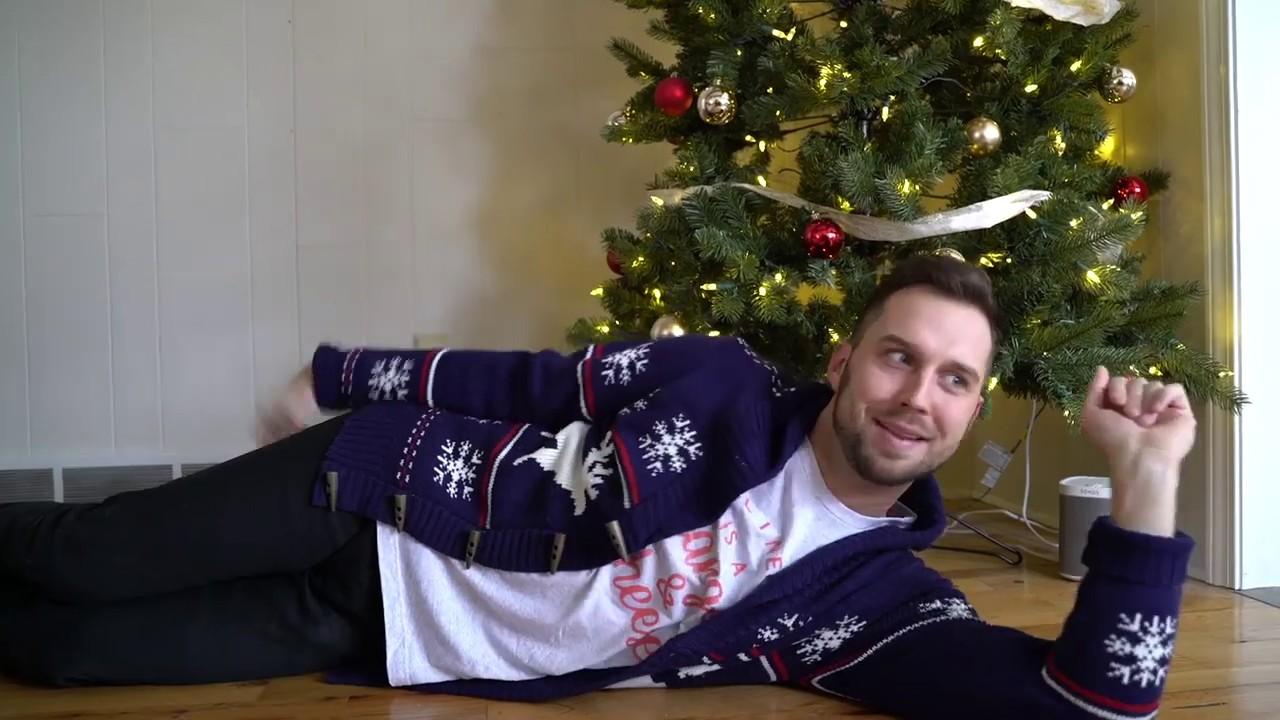 girls-during-christmas-season-be-like