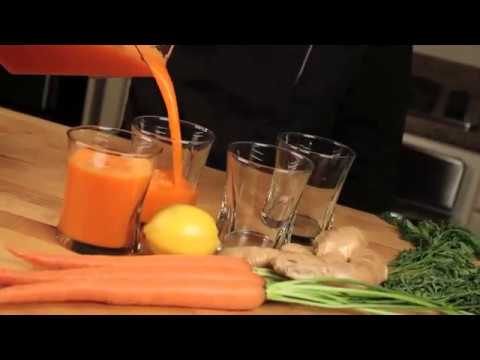 Suc de mere si morcovi la blender