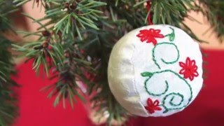 How to Sew Hand Embroidered Christmas Ornaments (round)