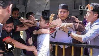 'Lu letak muka Mahathir la bodoh!'