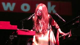 "Tori Amos - ""Smooth Operator"" - Chicago Theater - 10/27/17"