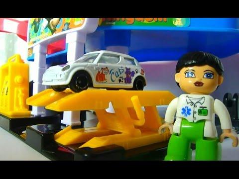 Машинки на парковке. Мультики с игрушками и игрушечными ...