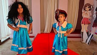 VREAU SA FIU TOP MODEL! Aventuri cu Sofia si Sara Play Professions in the Children's museum