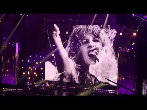 Stevie Nicks - &39;Stand Back&39; - Rock and Roll Hall of Fame - Barclays Center - Brooklyn NY - 32919