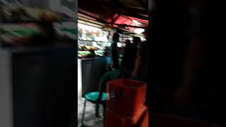 MENGENASKAN!!! MANTAN KARYAWAN ALEXIS JADI TUKANG ULEG SAMBEL PENYET