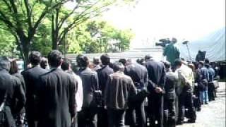 2011年4月25日東京、青山葬儀所 夫、小達さん弔辞。スーちゃん(田中好...