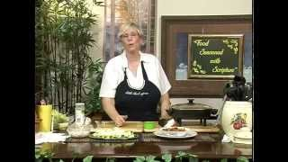 Goulash & Sour Cream & Onion Veggie Dip
