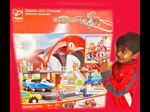 Hape | Grand City Station | Shyan's 1st Toy Review