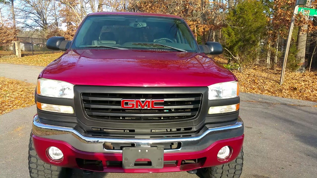 extremely low mileage 2004 gmc sierra 2500hd sle gas lifted [ 1280 x 720 Pixel ]