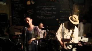 """""""もうどうにも止まらない"""" by ハルたん&ザ・クレイジー・1/2Char 21,May,2011 thumbnail"""