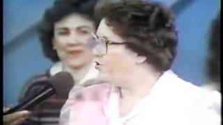 jello biafra and tipper gore on oprah 1986 part 1 of 4.flv
