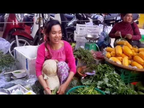 Market Living Art In Cambodia, Daily Life In The Market