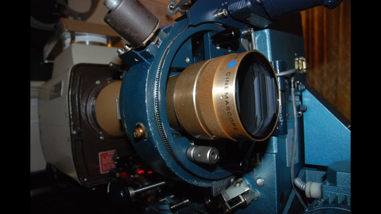 Setting up a 35mm film projector to run at home - part 6 - Finished!