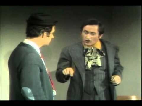 Sesame Street - Buddy and Jim Replace A Light Bulb (1969)