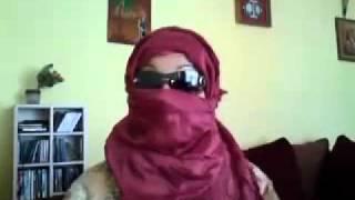 قحبة جزائرية : الجزائريين ليسوا رجال