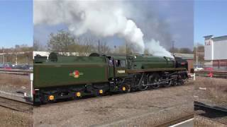 BR 70000 Britannia opens up through Stalybridge on The Brexit Express 30-03-2019