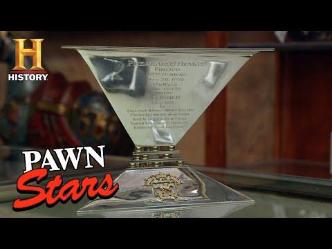 Pawn Stars: Rare 1978 Triple Crown Trophy (Season 16)   History
