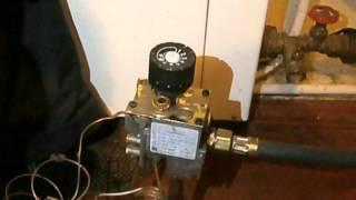 Eurosit 630 Регулювання полум'я пальника(гнота) , котла парапетного