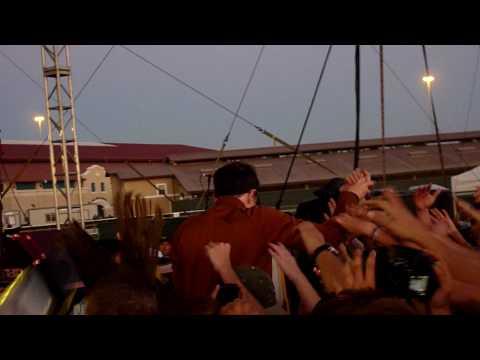 Weezer- Troublemaker Live In HD @ Del Mar Race Track 2010