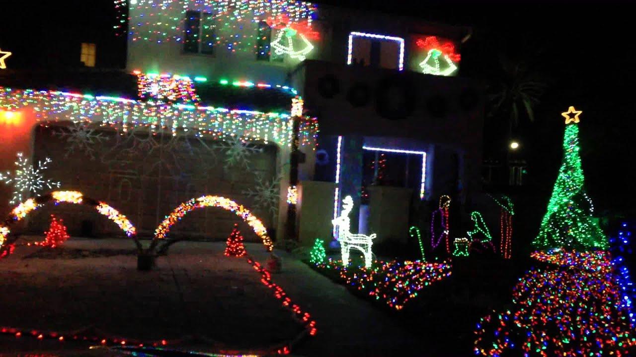 Christmas lights dancing with radio station music! - YouTube