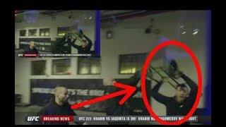 DETIK-DETIK Conor McGregor lempar dan pecahkan kaca BUS tim Khabib