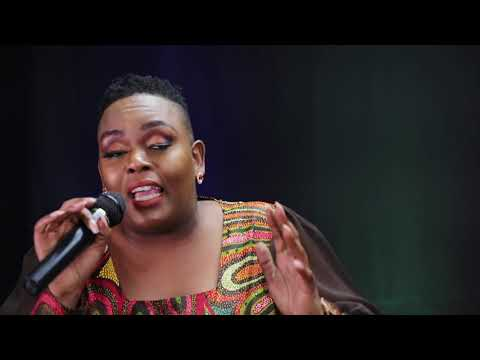 Download Londiwe Sphe Nxumalo - Ngenzelw'isimanga (live)