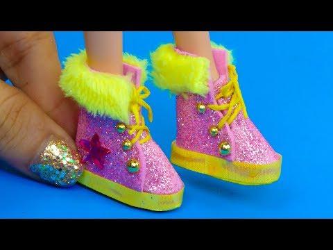 10 DIY Miniature Rapunzel Hacks and Crafts: Makeup, Boots, Phone and more!