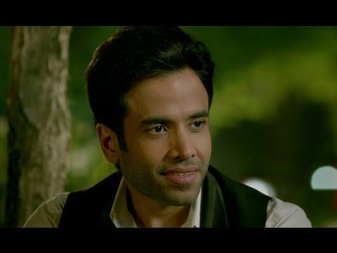 Tusshar Kapoor consoles depressed Brijendra Kala - Bajatey Raho