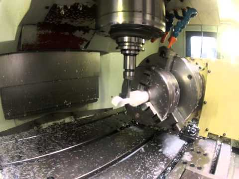 Mecanitzat CNC Amb Quart Eix De Peça De Plàstic Tècnic A Mecanitzats Muntada