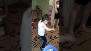 Танцор диско.(Видео от manyny1985 Света Толибова., 2016-10-30T17:47:50.000Z)