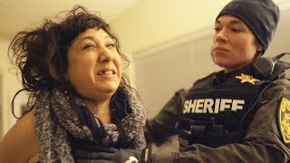 RUSSIAN GIRLFRIEND BREAKS INTO HOUSE IN THE NAME OF LOVE