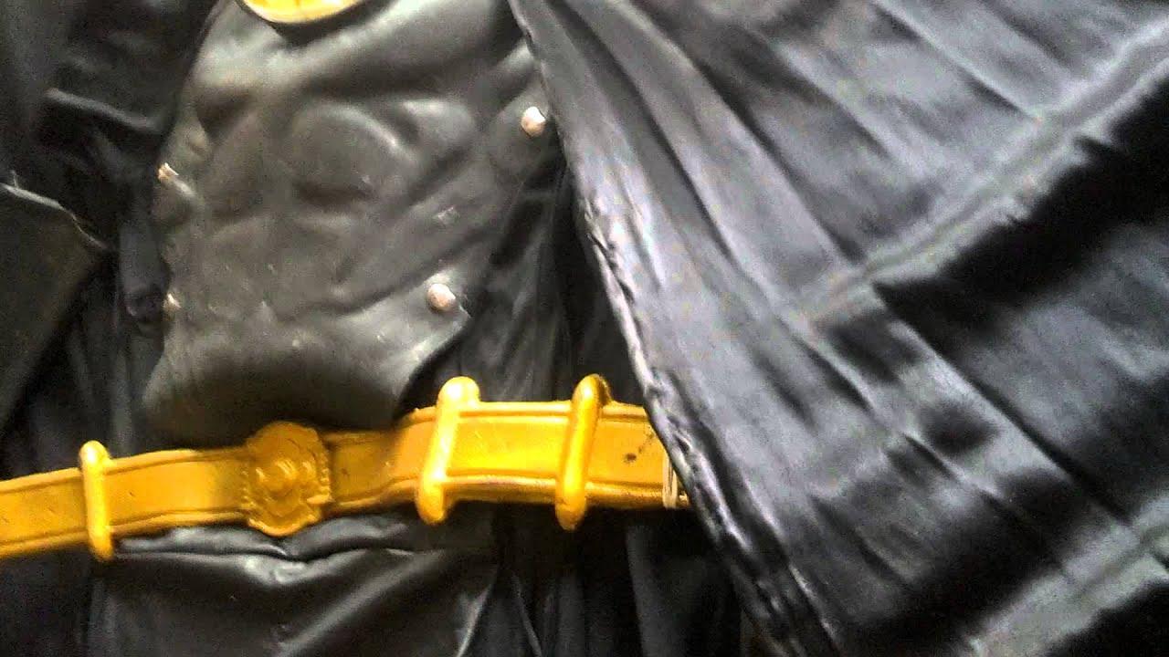 1989 Michael Keaton batman costume replica for sal & 1989 Michael Keaton batman costume replica for sal - YouTube