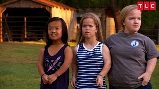 Get A First Look At The New Season of 7 Little Johnstons!