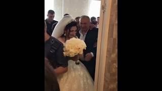 Невеста плачет на свадьбе / Армянская свадьба в Ереване 2018 / Армянские традиции и обычаи