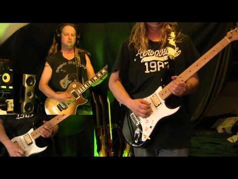 Iron Maiden Flight of Icarus guitar cover