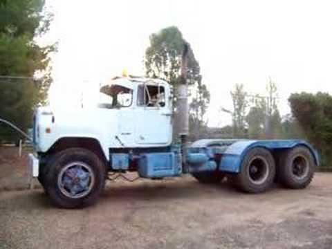 Mack R700 V8 Rev Youtube