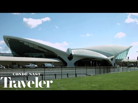 Inside Eero Saarinen's TWA Flight Center: The Final Day | Condé Nast Traveler