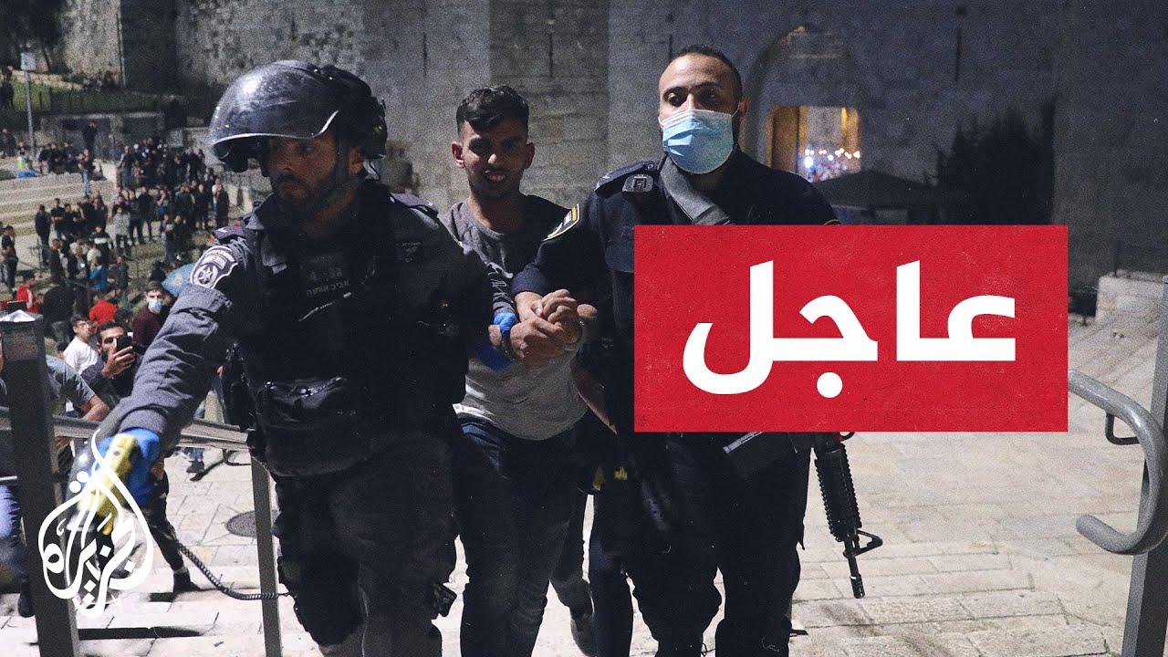 القوات الإسرائيلية تقتحم المسجد الأقصى وتعتدي على المصلين وتطلق الرصاص المطاطي  - 21:58-2021 / 5 / 7