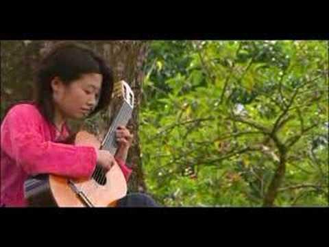 Kaori Muraji plays Satie's Gnossienne No.1
