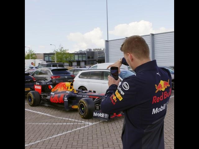 Jumbo: Spaaractie raceauto Max Verstappen