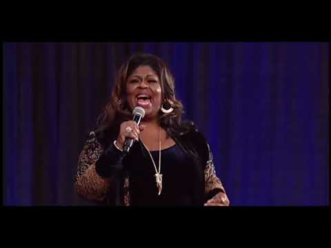 The Incomparable Kim Burrell Singing At COGIC 2018!