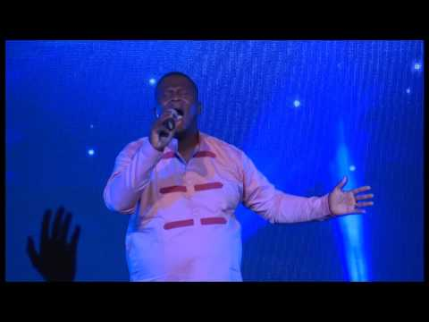 Xolani Sithole - Sinomhlobo (Live From Calvary) (OFFICIAL VIDEO)