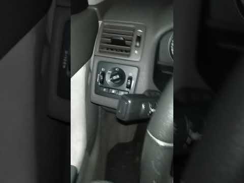 Volvo V50 2008 2.0d trunk lights problem - YouTube