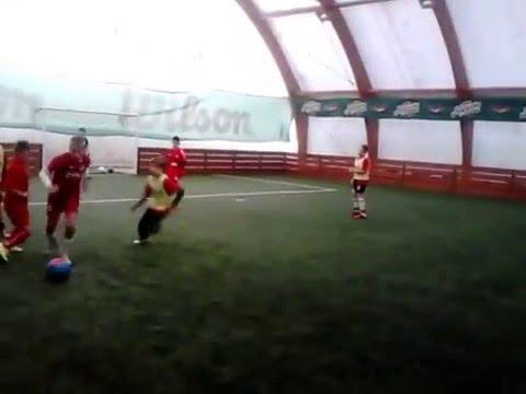 FK Radnički (Novi Beograd) - FK Crveni Orao / generacija 2005   1:8 (1:5)   Prvo poluvreme