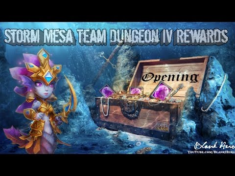 Castle Clash: Unboxing A BUNCH Of Mesa Chest 4's | Rolling For Legendary Hero Cards