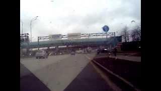 Выезд с парковки Торгового Комплекса ЛЕТО,  на Пулковское шоссе и сразу на КАД СПб, Пасмурная погода